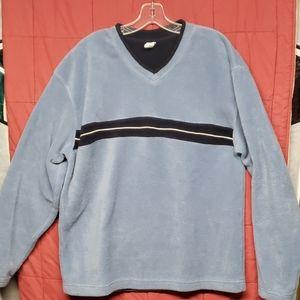 Gap fleece shirt.